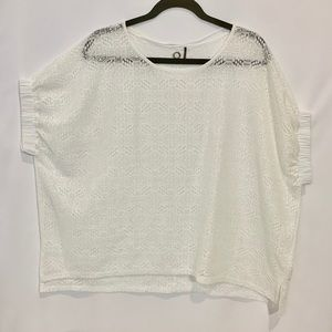 Anthropologie Tops - NWOT Anthropologie oversized hi-lo white top